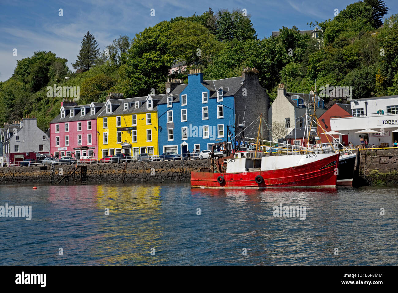 Colourful houses on quayside Tobermory harbour Isle of Mull Scotland - Stock Image