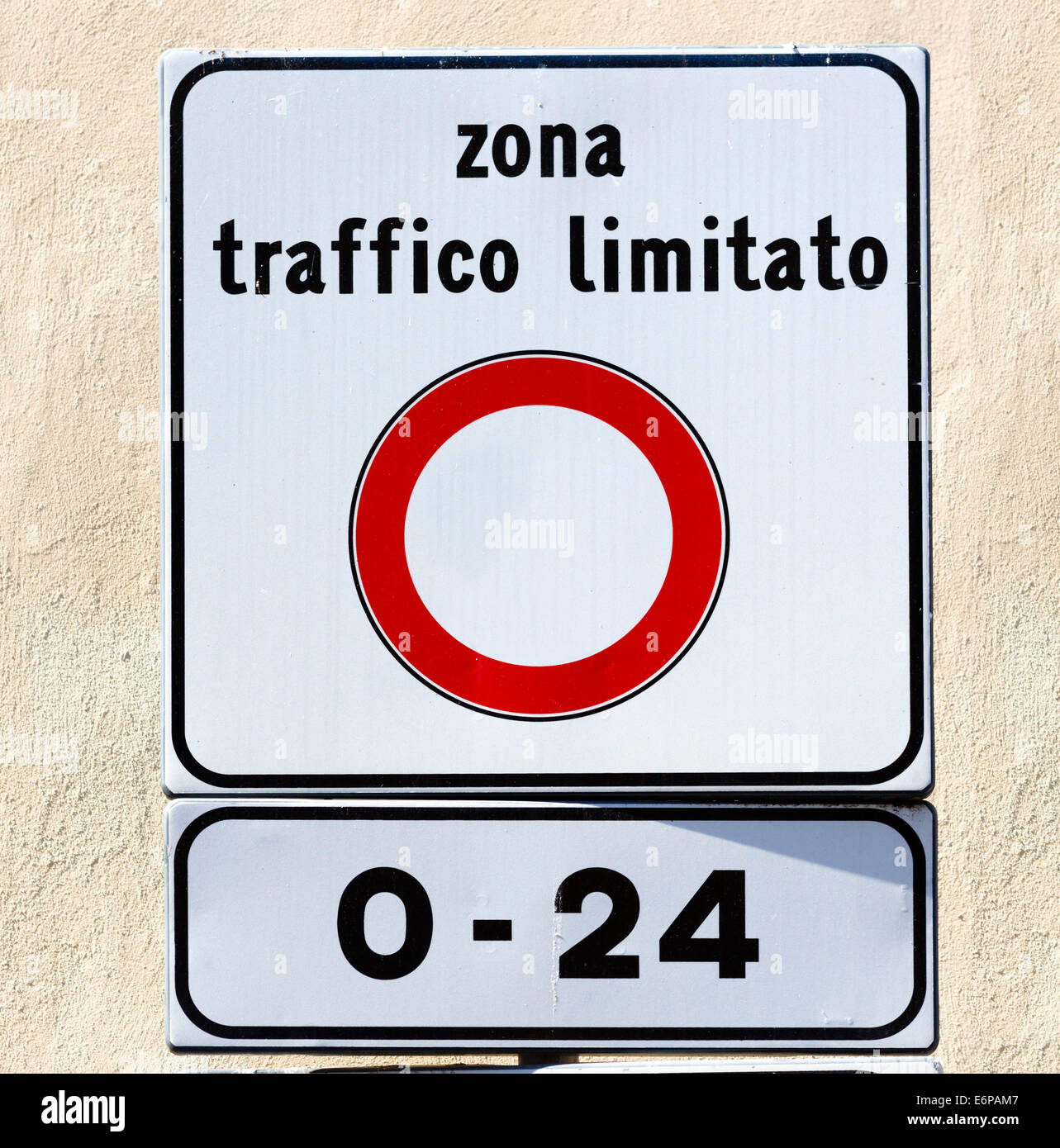 Zona Traffico Limitato sign, restricting traffic in the centre of many historic italian towns and cities, Reggio Stock Photo