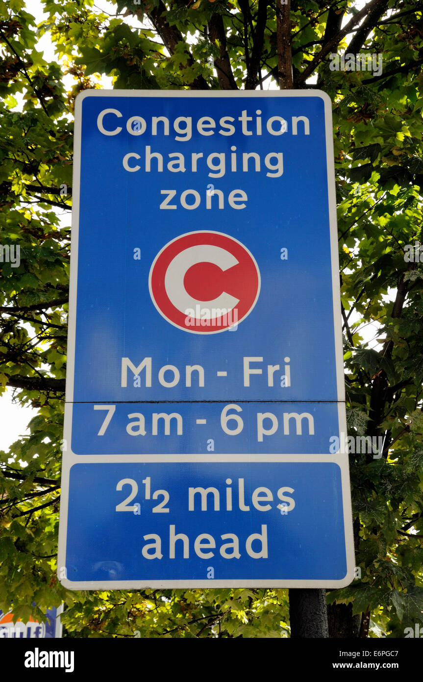 Congestion Charge Zone ahead sign - Stock Image