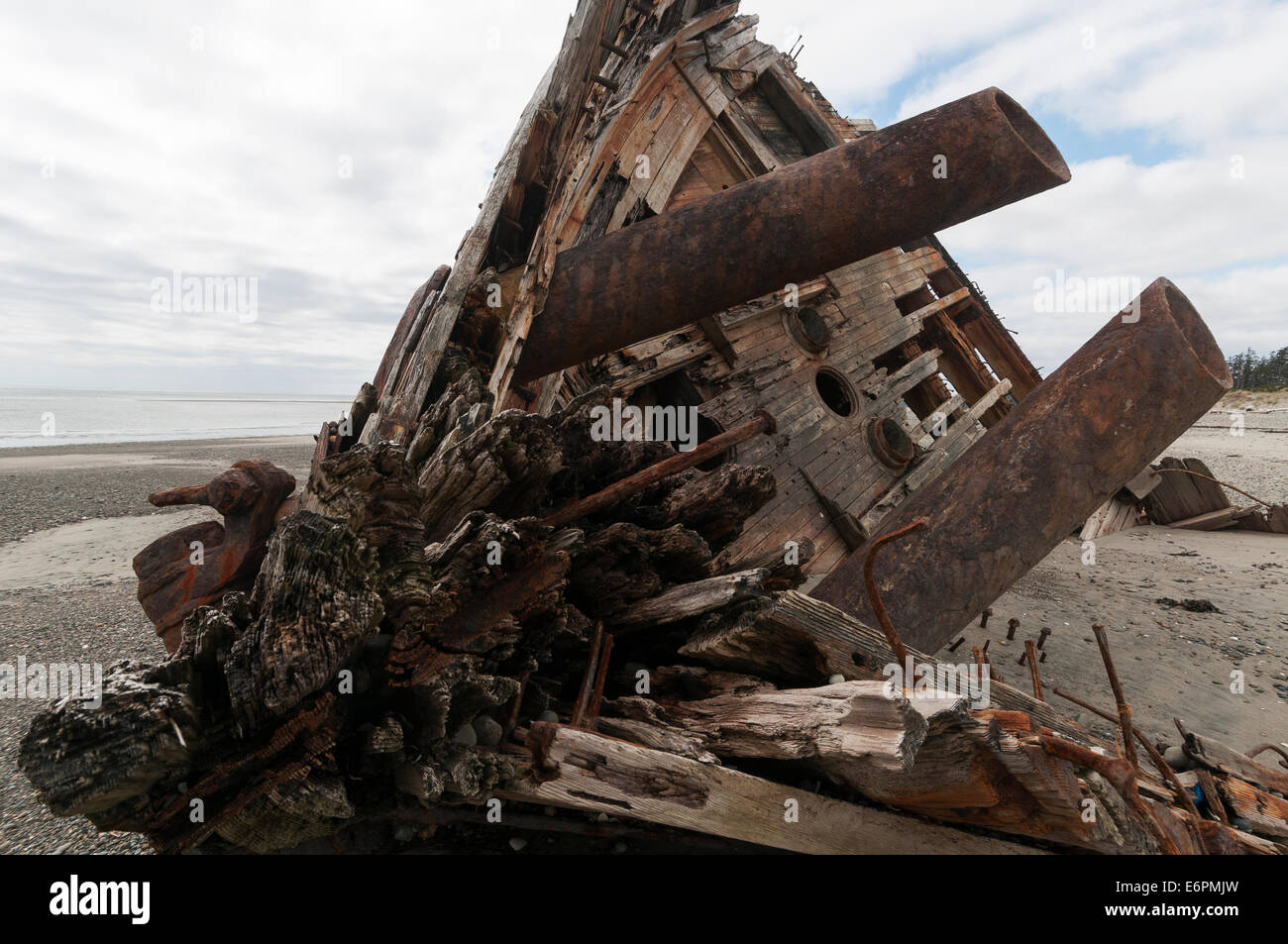 Elk203-4574 Canada, British Columbia, Haida Gwaii, Tlell, wreck of the Pesula - Stock Image