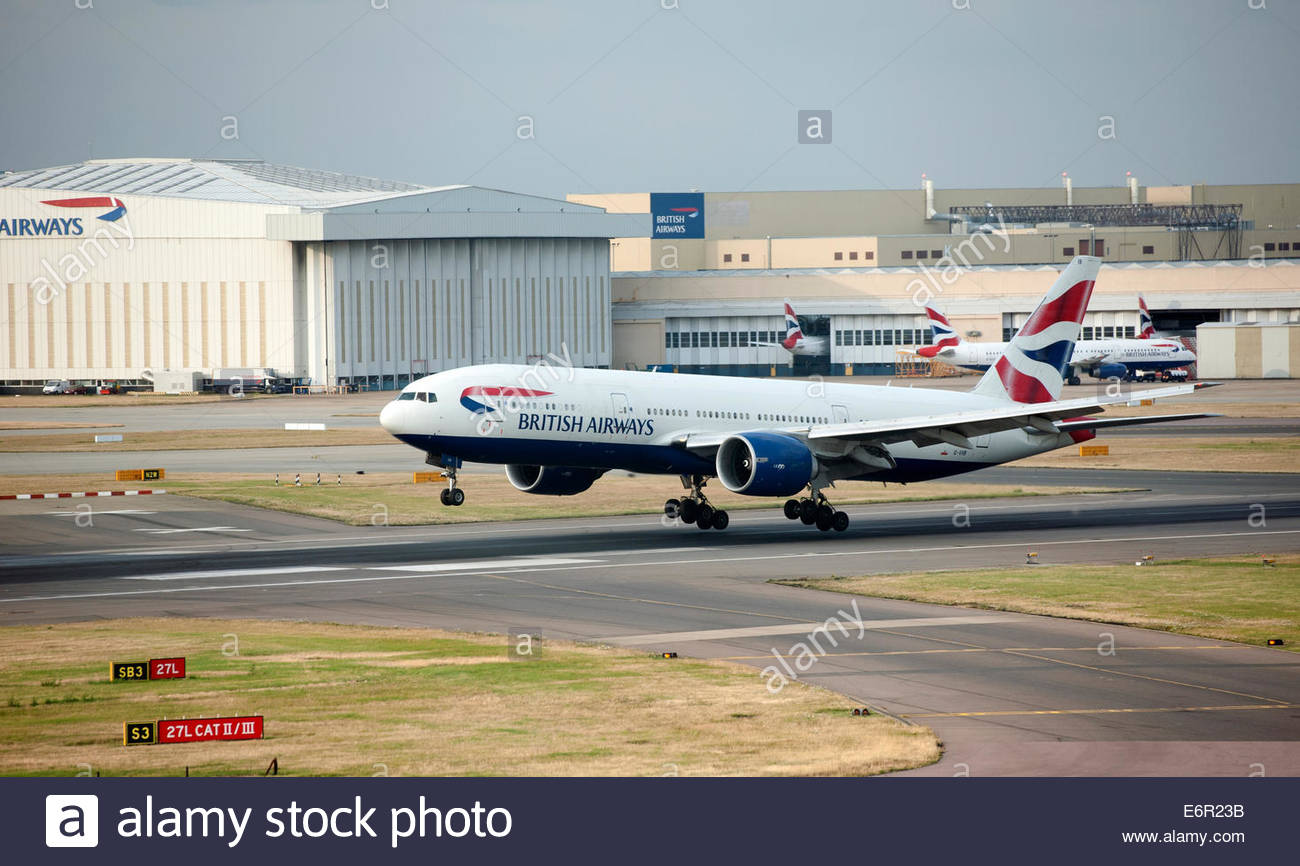 London UK London Heathrow Airport (LHR) British Airways Boeing 777 G-VIIB coming in to land. - Stock Image