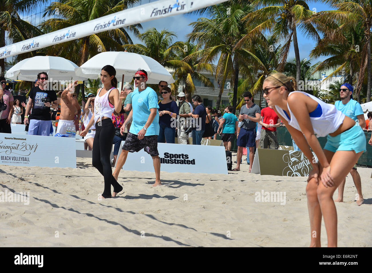 Chefs and Sports Illustrated Swimwear Models Volleyball Tournament during the Food Network South Beach Wine & - Stock Image