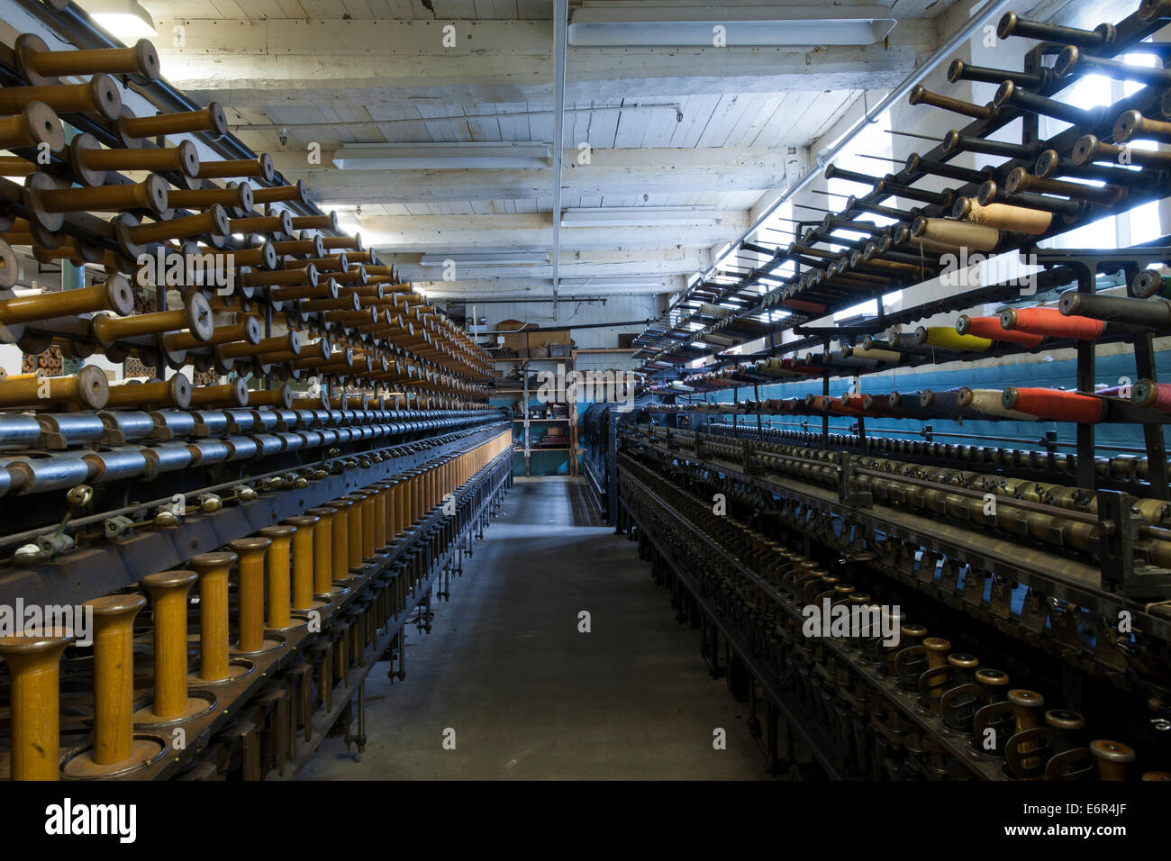 Masson Mills, Matlock Bath, Matlock, Derbyshire; view of the Doubling Room - Stock Image