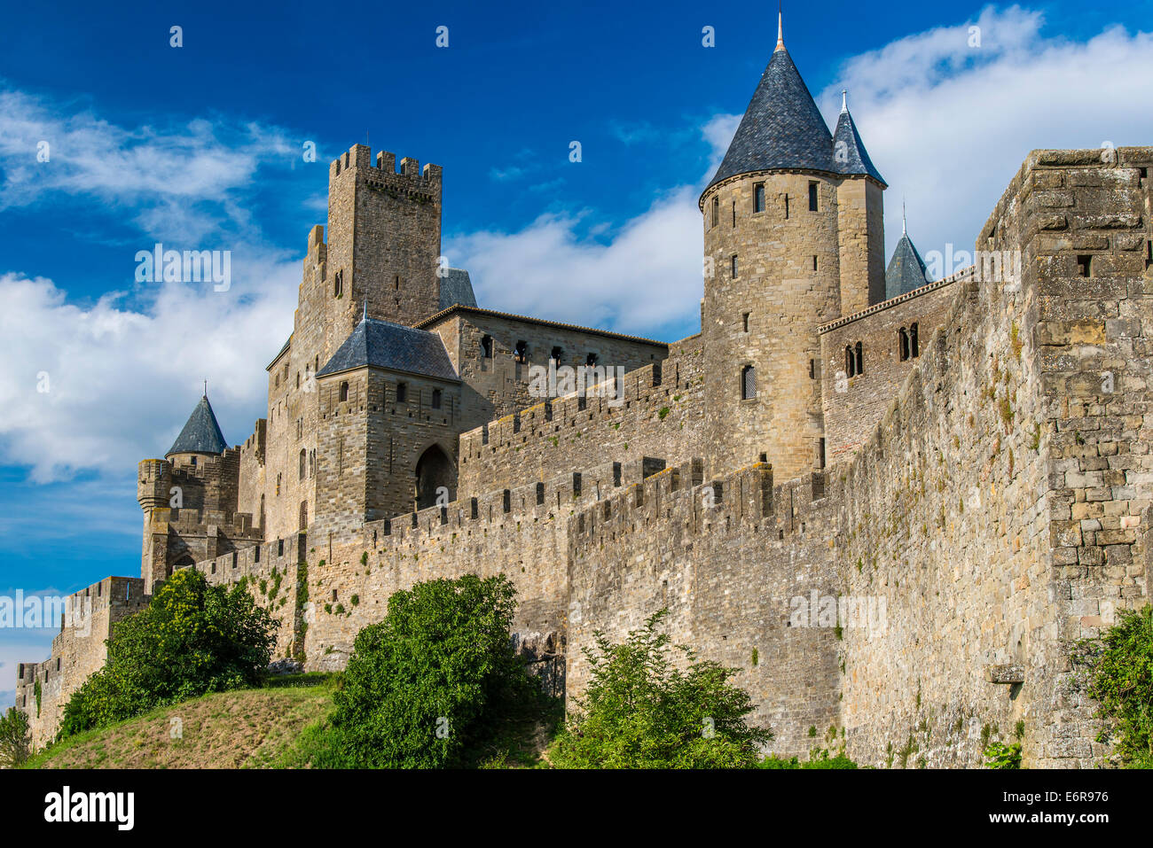 Italy, Tuscany, Val d'Elsa, Monteriggioni, fortified ... |Uzziahs Fortified Cities