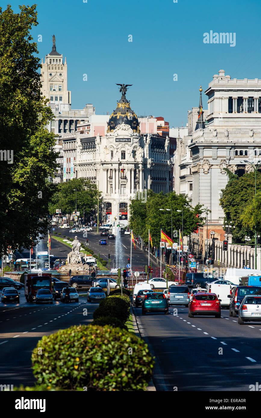 Calle de Alcala with Metropolis building in the background, Madrid, Comunidad de Madrid, Spain - Stock Image