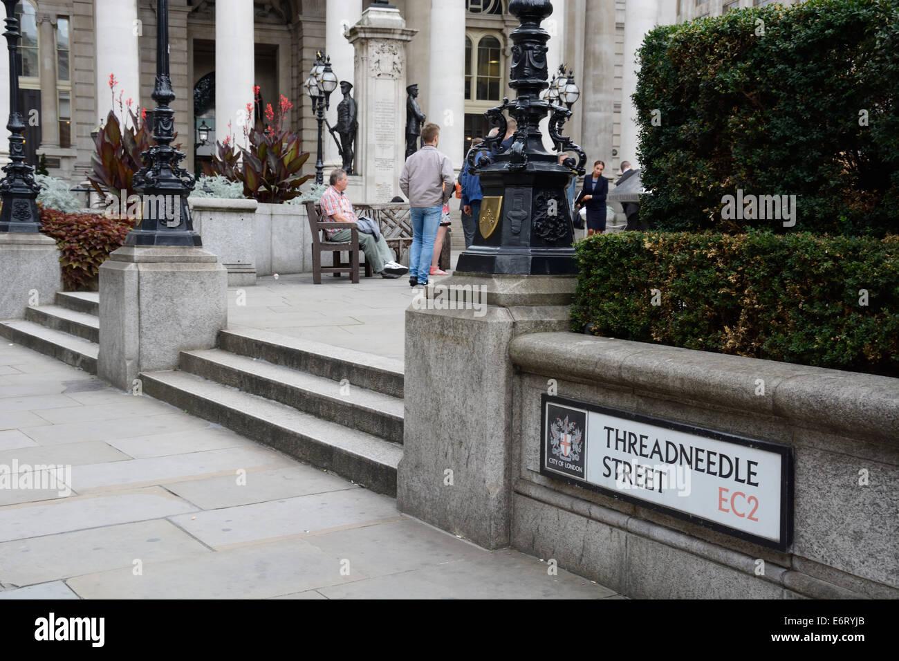 Threadneedle Street, Street sign. - Stock Image