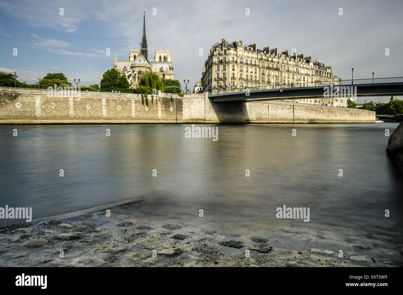 Seine river and Notre Dame de Paris in the background - Stock Image