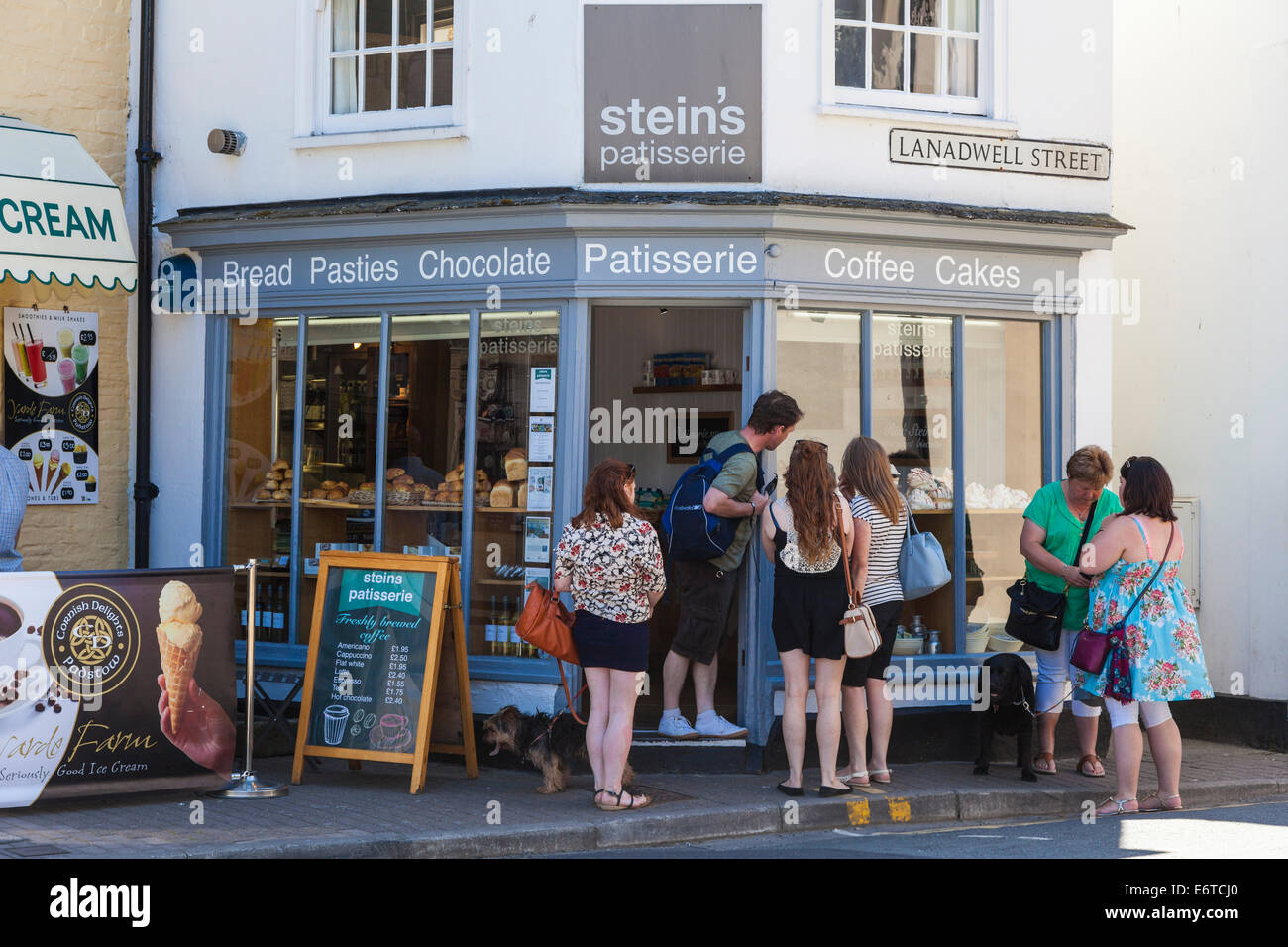 Rick Stein's Padstow bakery patisserie in Padstow, Cornwall, England, UK - Stock Image