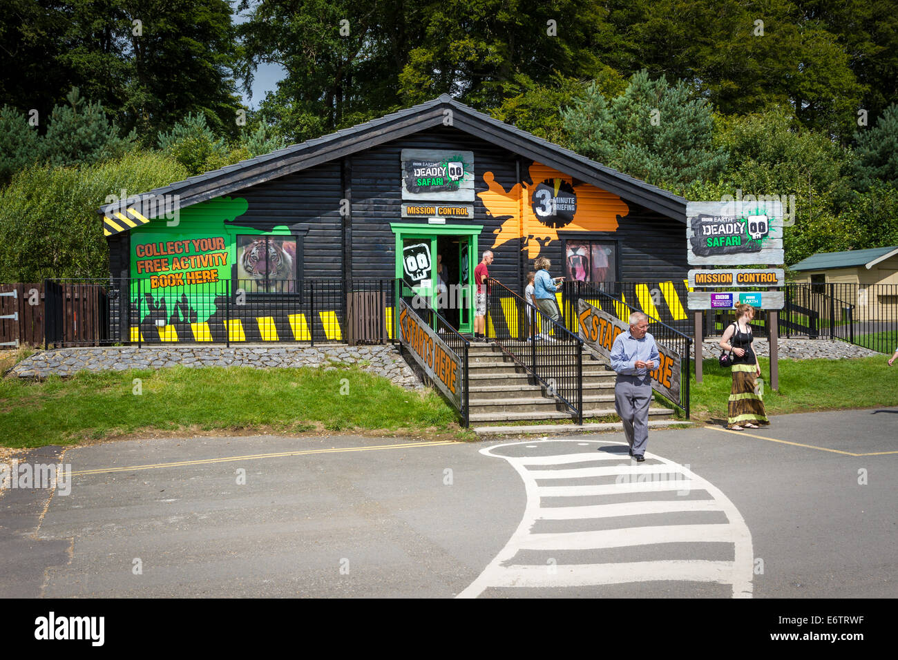 Deadly Safari Mission Control Building in the African Village at Longleat Safari Park - Stock Image