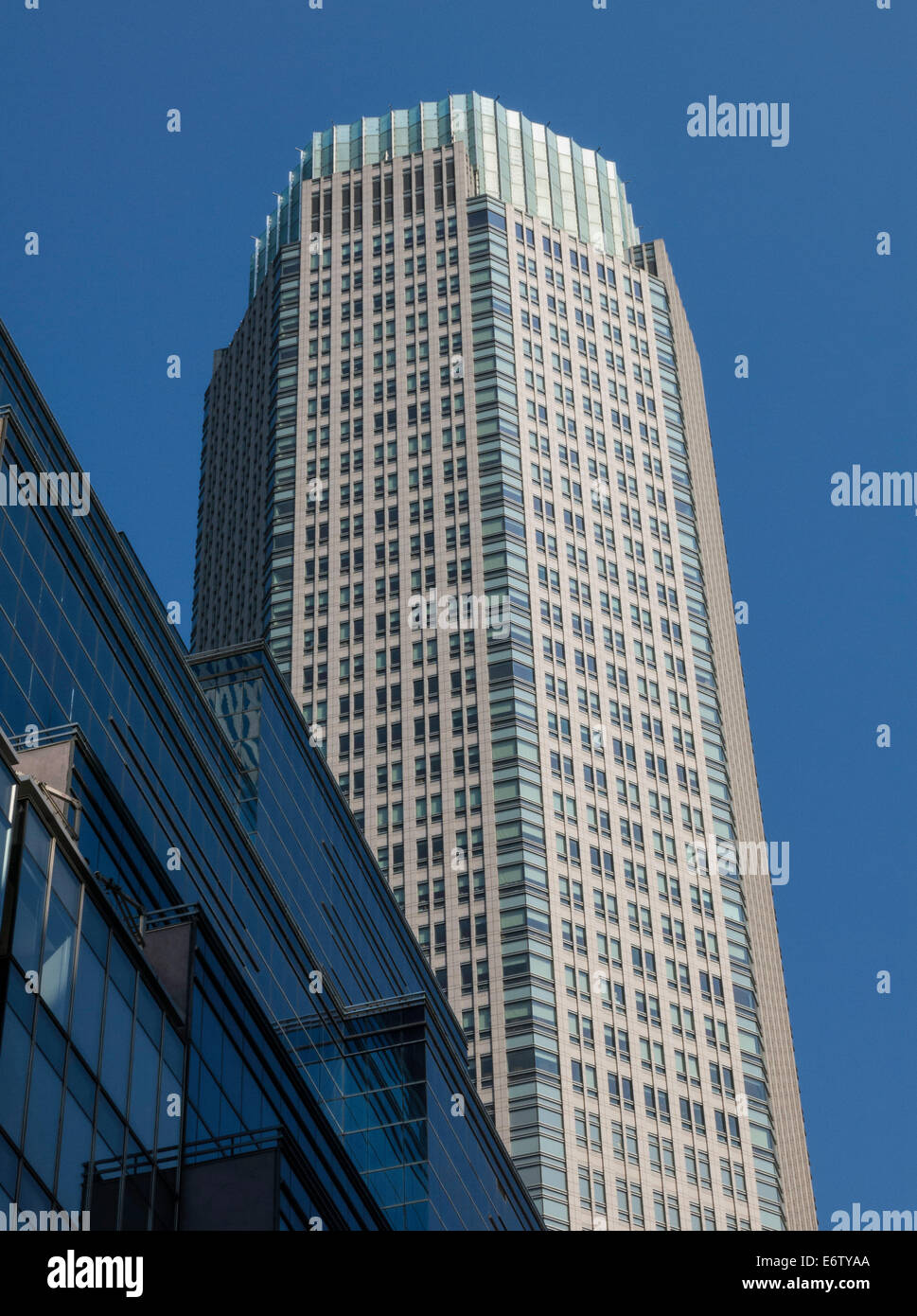Midtown Skyscraper 383 Madison Avenue New York Nyc Usa Stock Photo Alamy