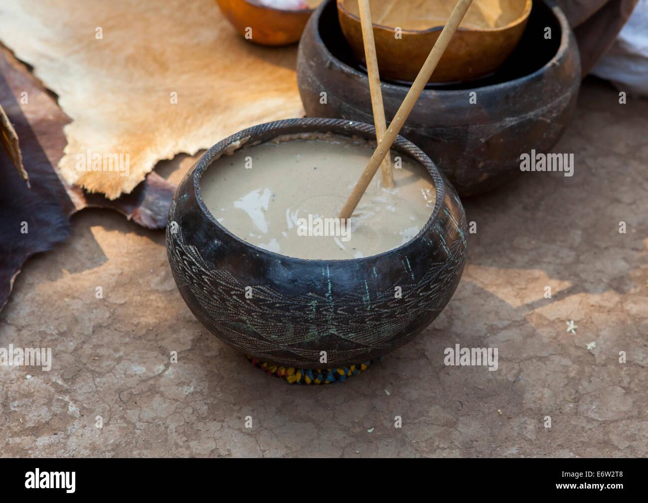 Anuak Tribe Traditional Alcohol, Gambela, Ethiopia - Stock Image