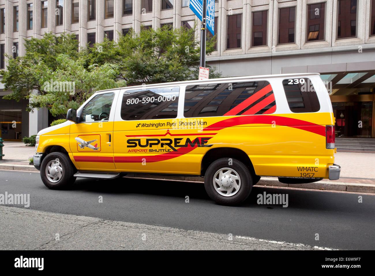 Supreme Airport Shuttle Bus Washington Dc Usa Stock Image
