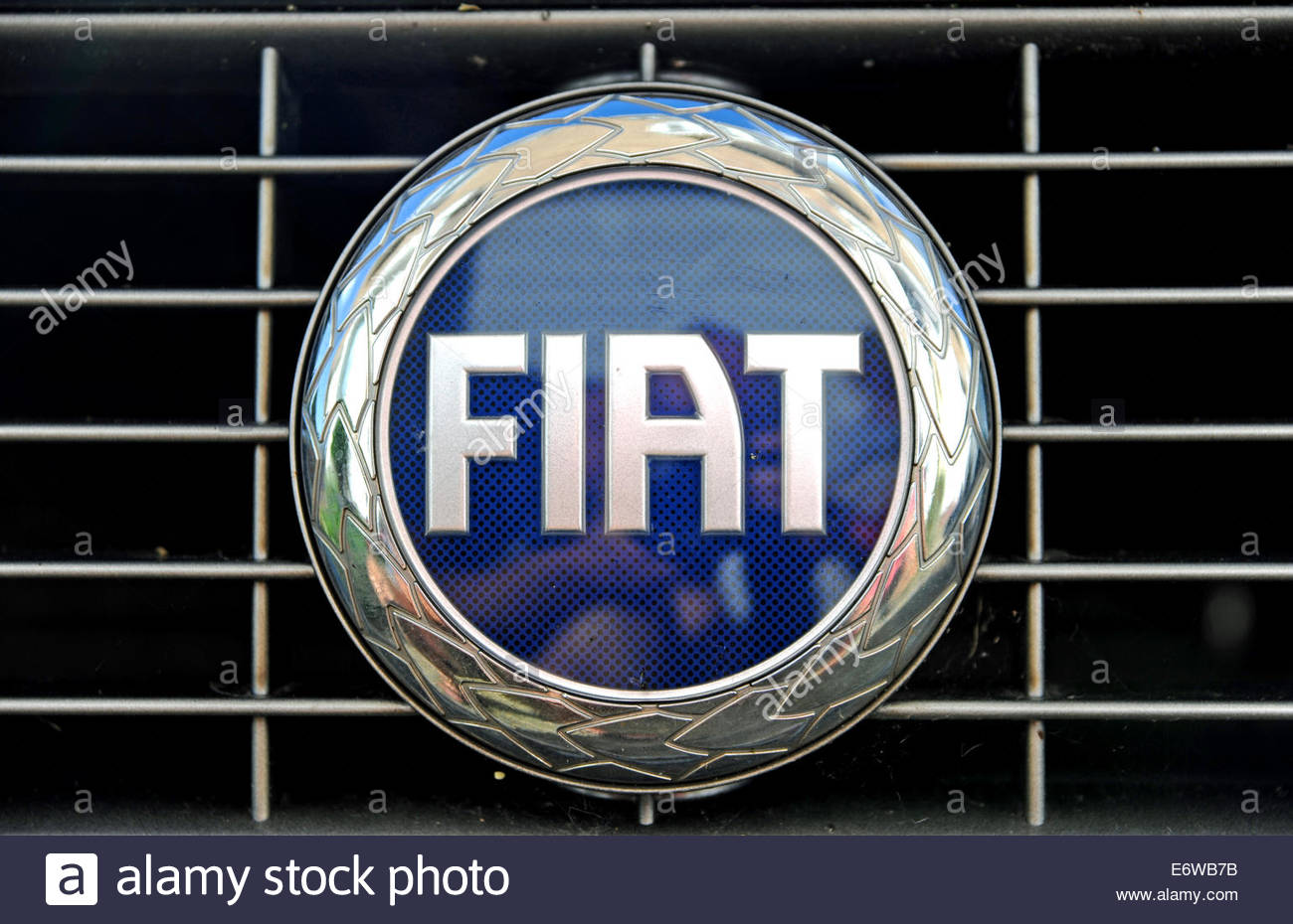 Fiat Badge High Resolution Stock Photography And Images Alamy