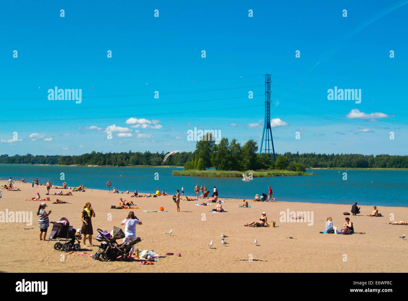 Hietaniemen hiekkaranta, sand beach at Hietaniemi bay, Töölö district, Helsinki, Finland, Europe - Stock Image