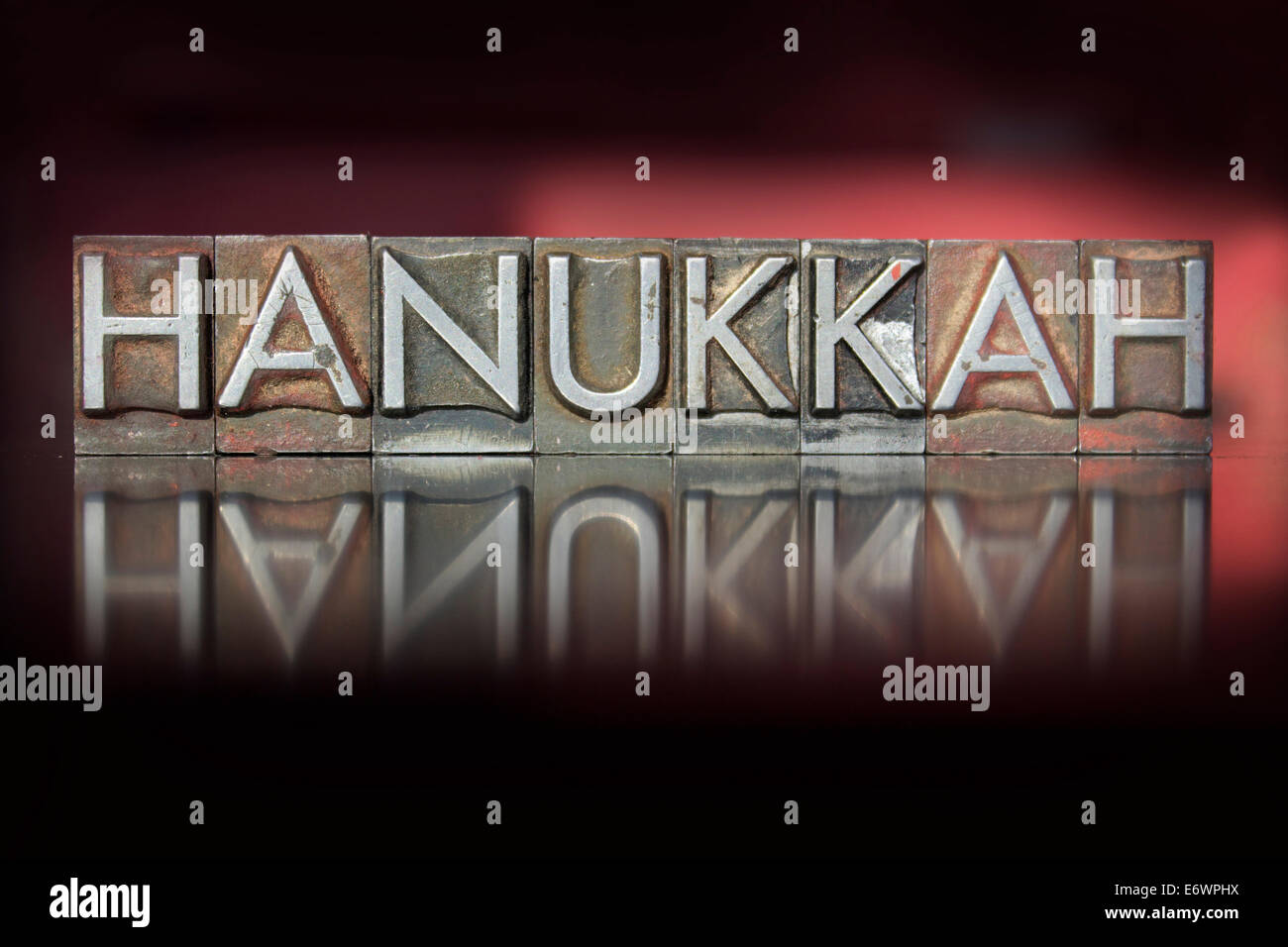 The word Hanukkah written in vintage letterpress type - Stock Image