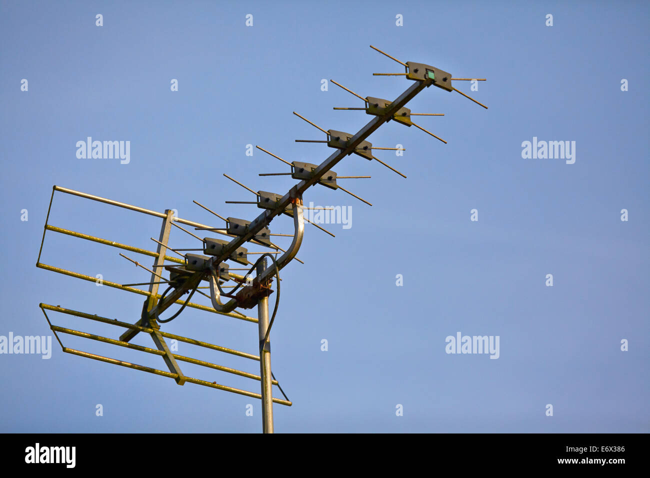 Wideband analogue TV aerial - Stock Image