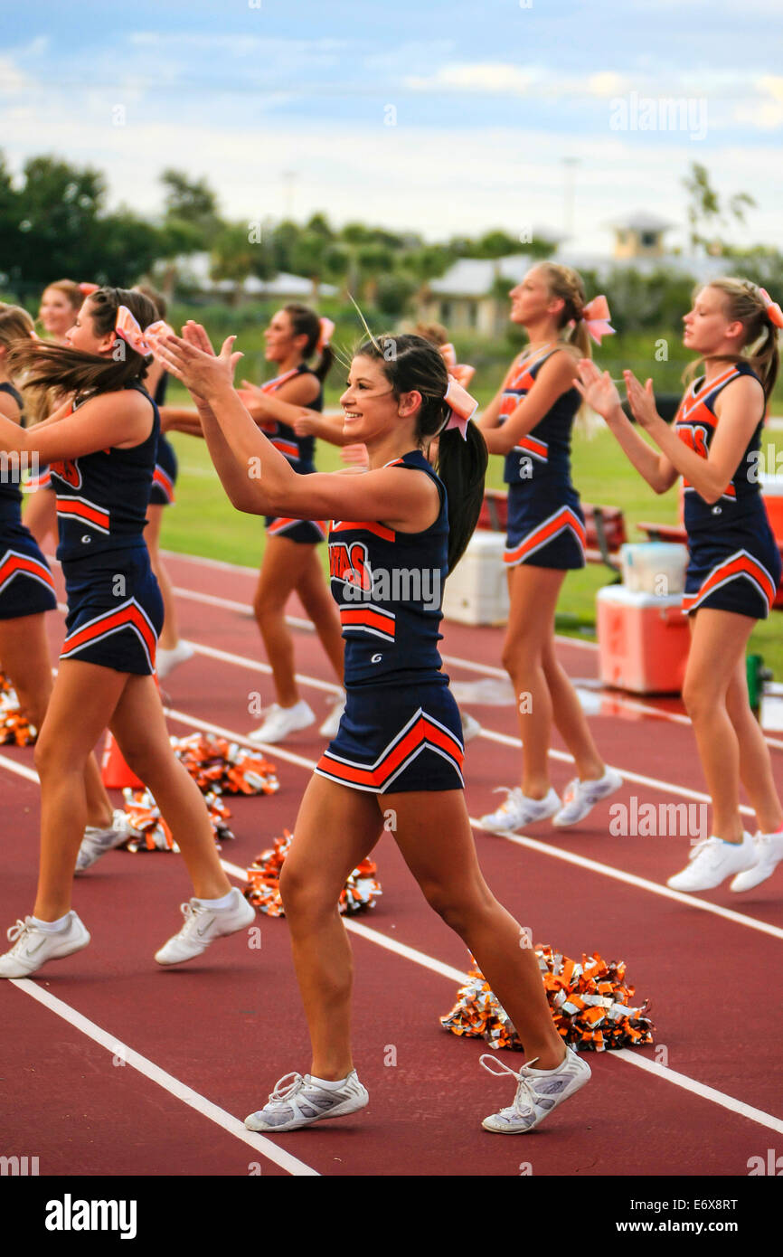 Junior Varsity High School female cheerleaders - Stock Image