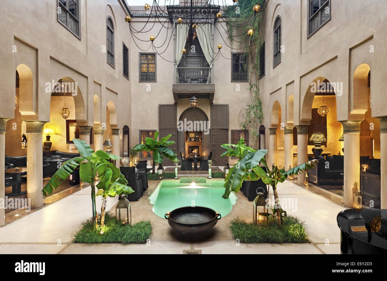 Interior courtyard, Riad Noir D'Ivoire, Marrakech, Morocco - Stock Image
