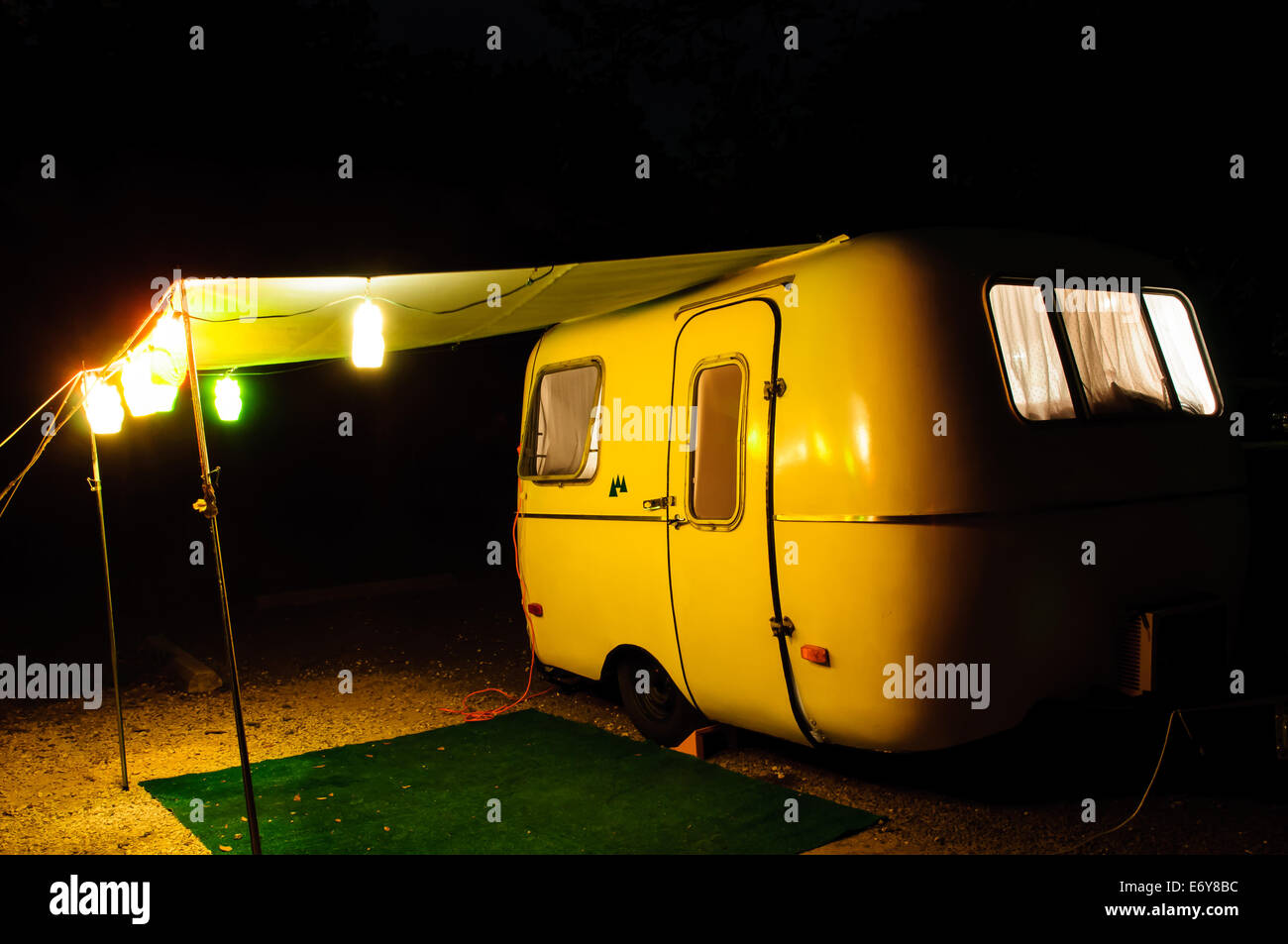 Trailer Lights Stock Photos Images Alamy How To Hook Up Scamp Travel Set With A Canopy And At Campsite Night