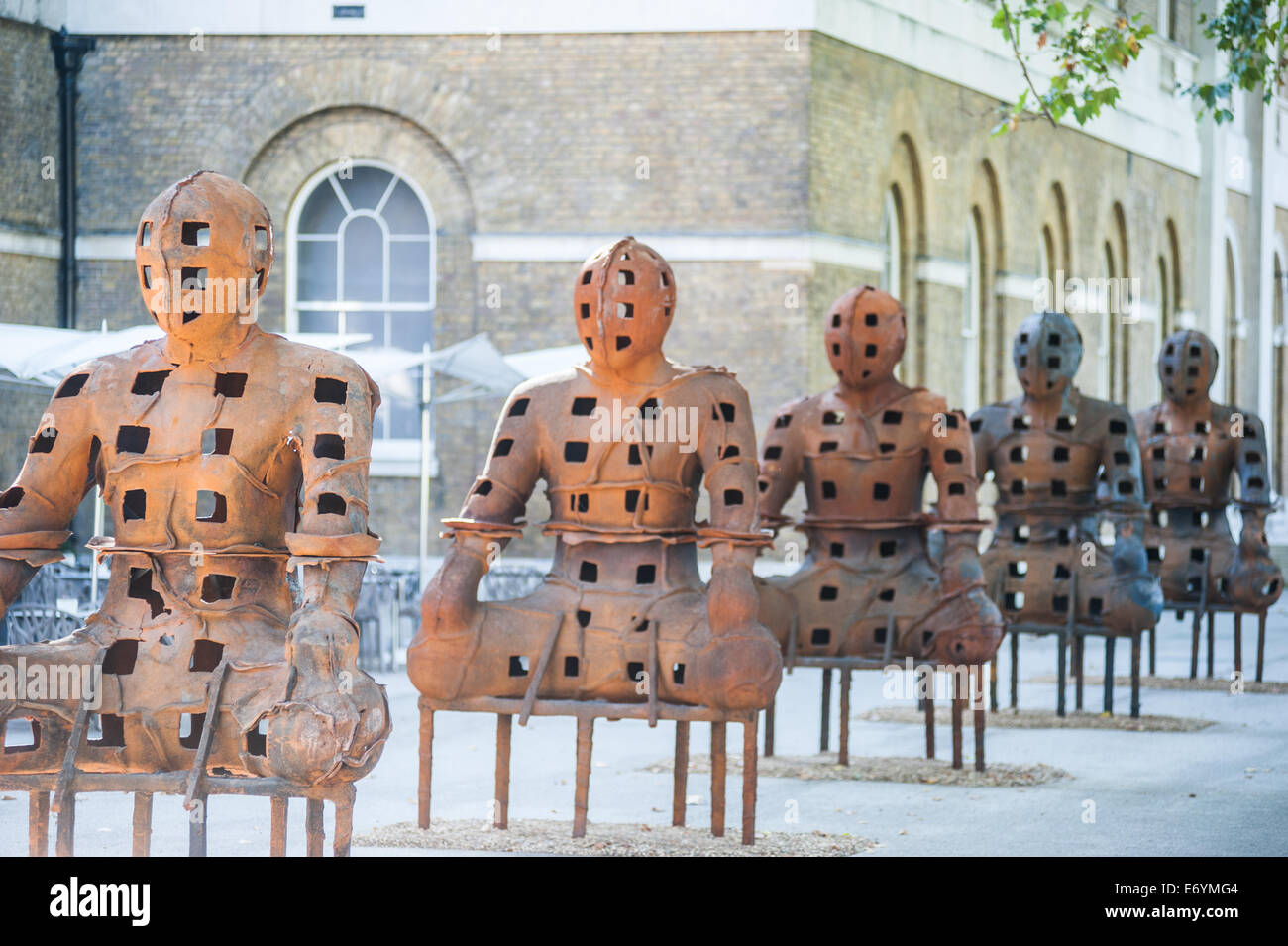 London, UK. 2nd Sept, 2014.  installation 'Guardians' by artist Xavier Mascaró. These rusted iron warriors, - Stock Image