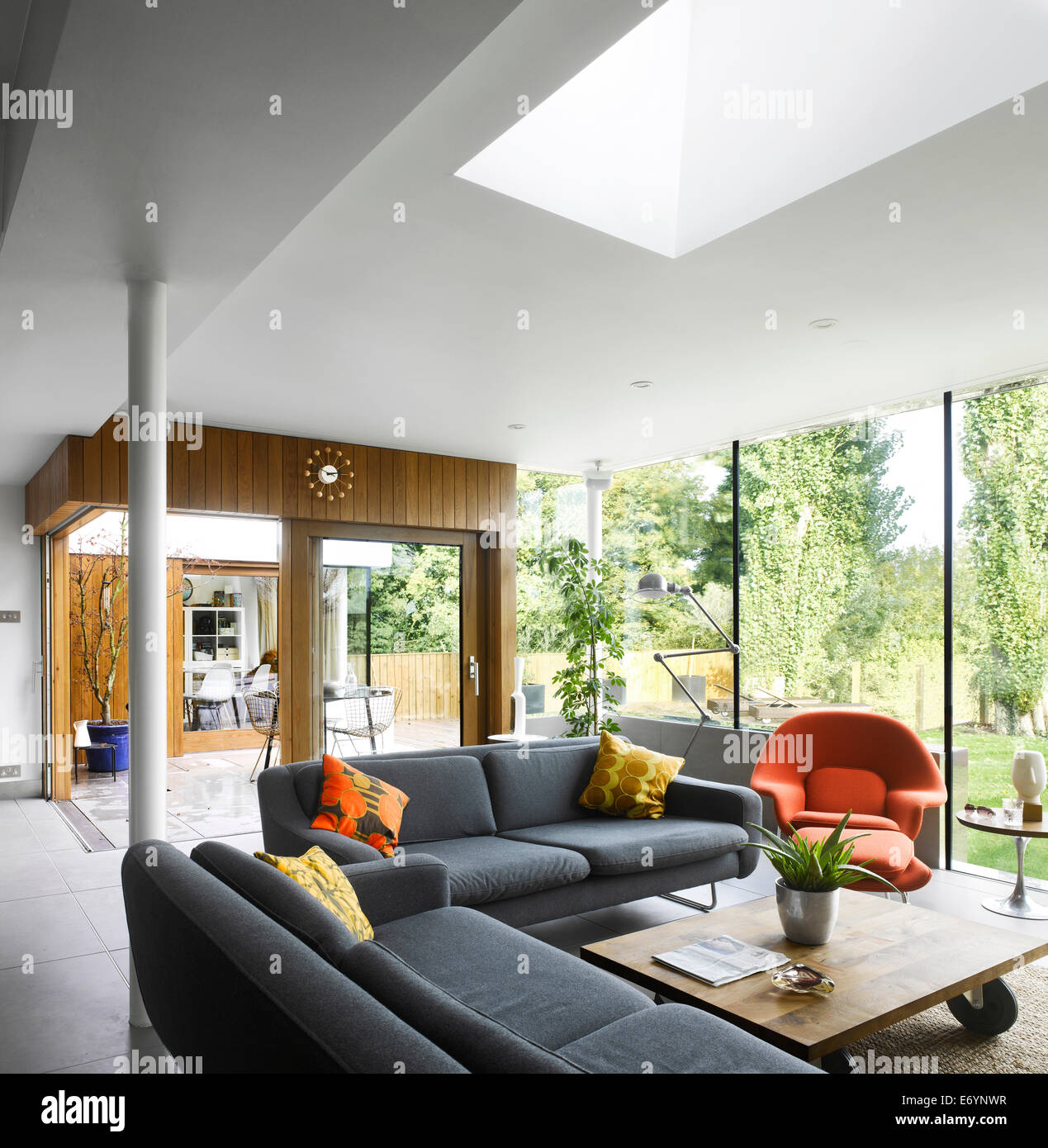 Living Room Extension With Roof Light In High Barnet Family Home Stock Photo Alamy