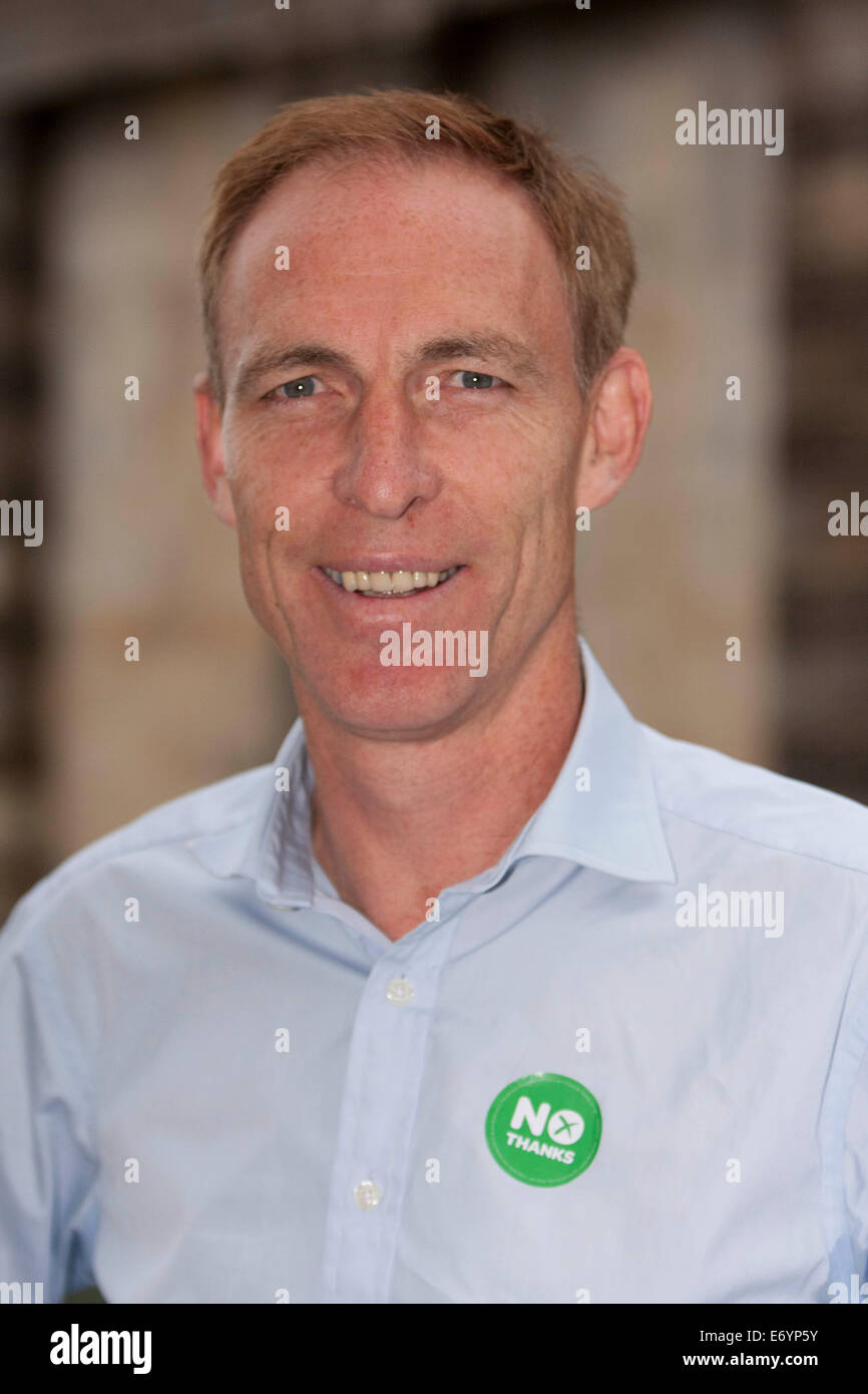 Edinburgh, Scotland, UK. 2nd Sept, 2014. A portrait of Jim Murphy during his 100 Streets in 100 Days project tour. - Stock Image