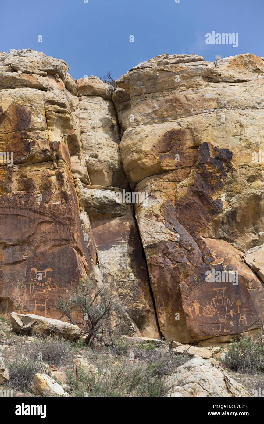 USA, Utah, Dinosaur National Monument, McKee Spring Petroglyphs, Fremont Style, AD 700 - AD 1200 - Stock Image