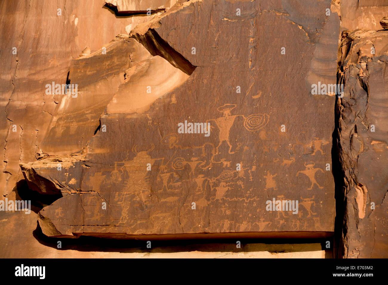 USA, Utah, Potash Road, near Moab, petroglyphs, ancestral puebloan, AD 900 to AD 1250 Stock Photo