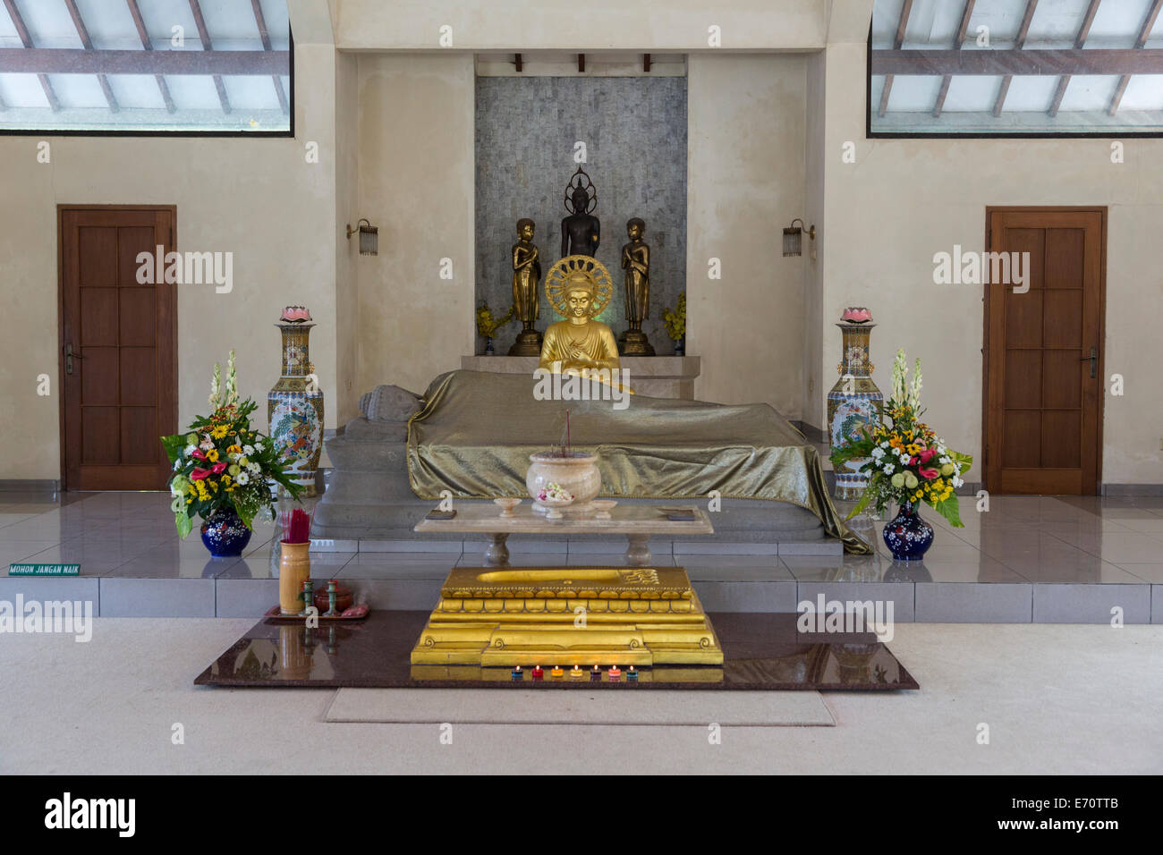 Buddhist Shrine Room Stock Photos Buddhist Shrine Room Stock