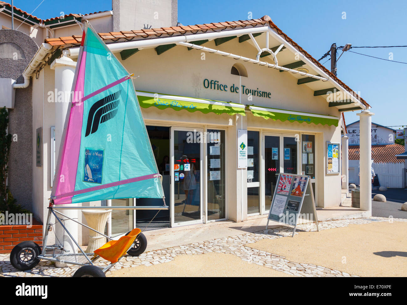 Office de tourisme stock photos office de tourisme stock images alamy - Office de tourisme saint palais sur mer ...