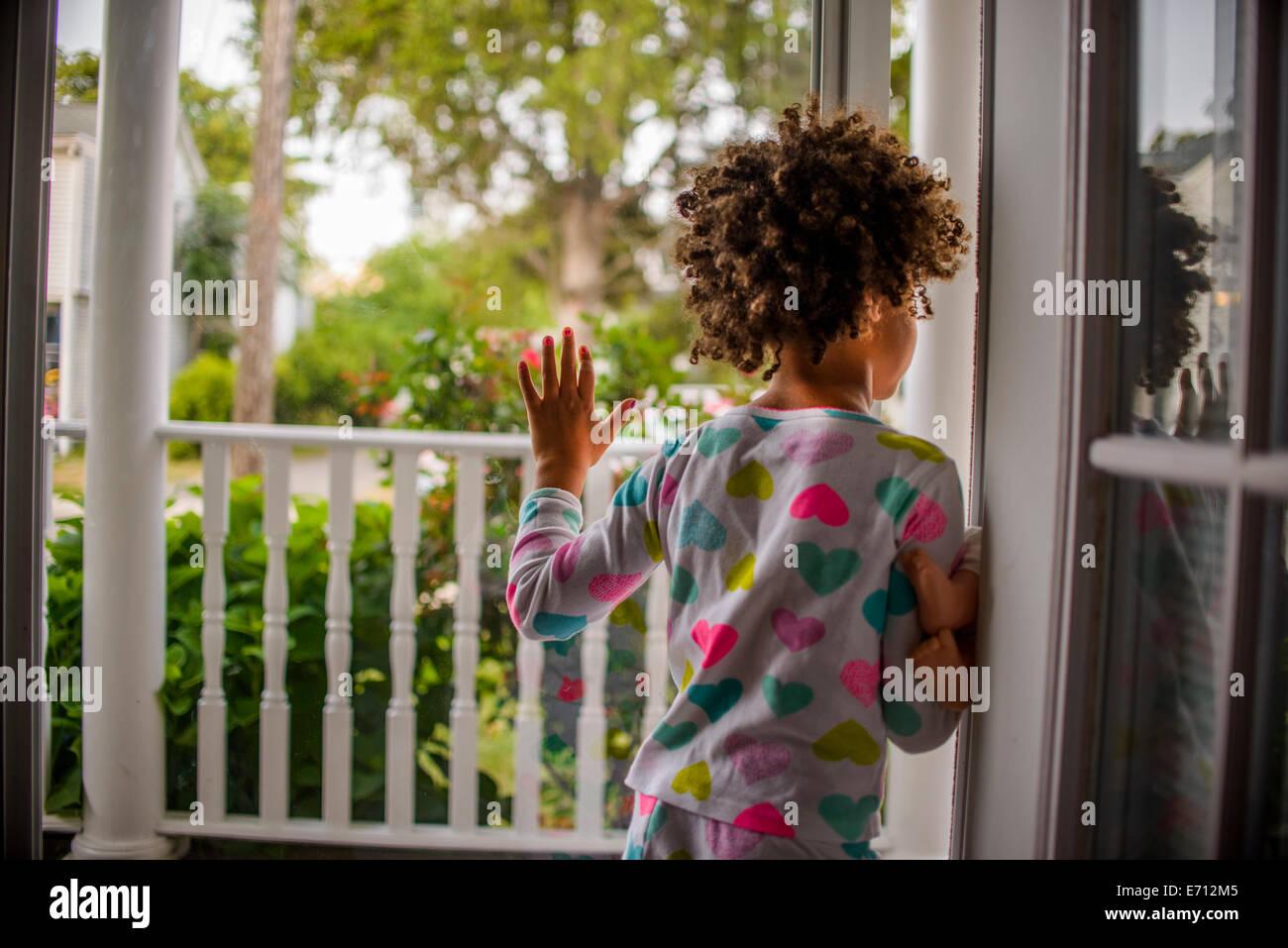 7b3051318 Sliding Door Stock Photos   Sliding Door Stock Images - Alamy