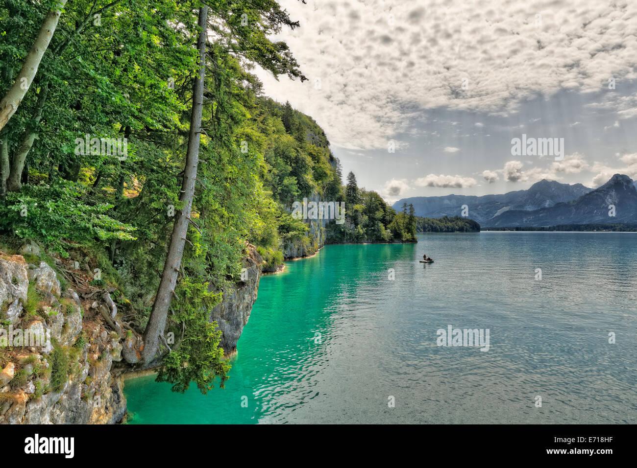 Austria, Salzkammergut, Salzburg State, Sankt Gilgen, View to Wolfgangsee Lake - Stock Image