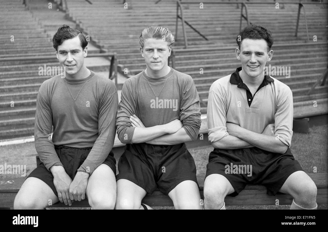 Nigel Sims, Noel Dwyer, Joe Bonson Wolverhampton Wanderers footballer 1955 - Stock Image