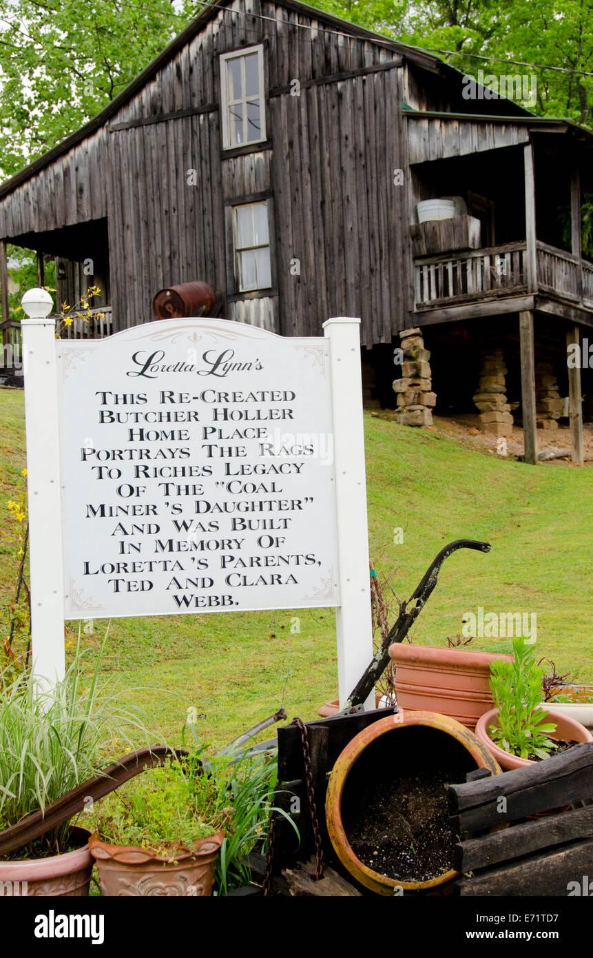 Celebrity Ghost Stories – LorettaLynn.com