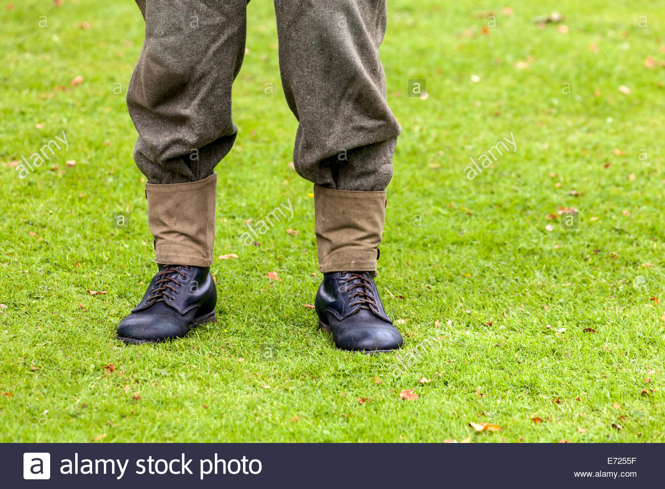 World War Two British Army Uniform - Gaiters and Boots - Stock Image