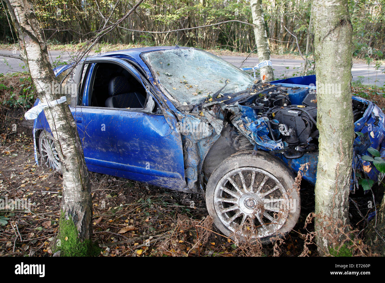 Transport, Road, Cars, Accident  Rover car crashed into tree. - Stock Image