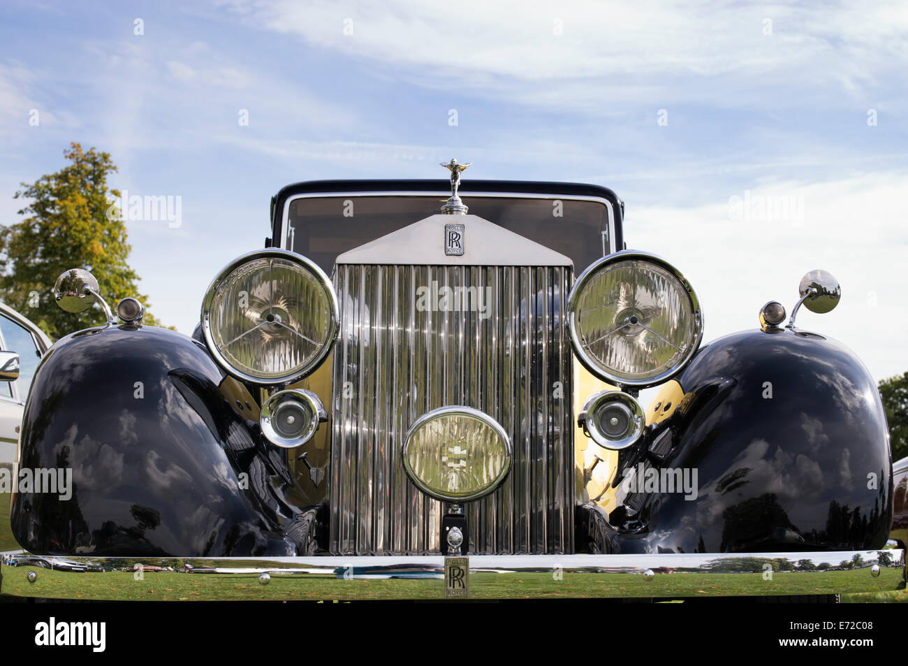 Vintage Rolls Royce car at Blenheim Palace Car show. Oxfordshire, England - Stock Image