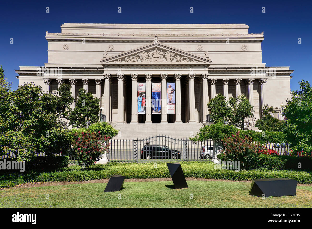 USA, Washington DC, The Mall  Archives of the United States of America. - Stock Image