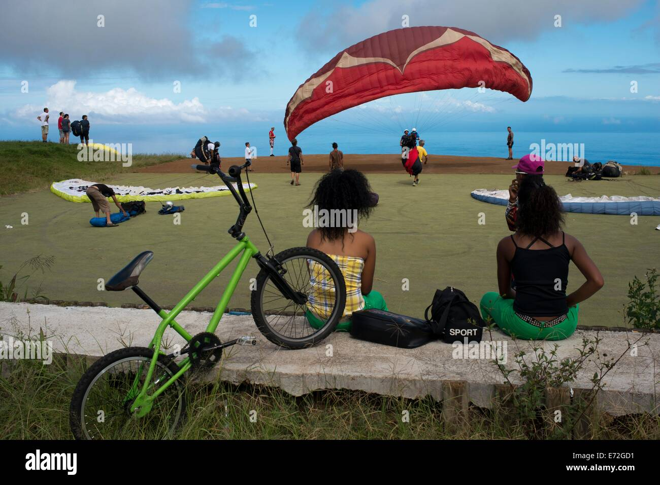Paragliding in St. Leu. Réunion Island, in the INDIAN OCEAN, is an excellent place for free flight, the flight conditions Stock Photo