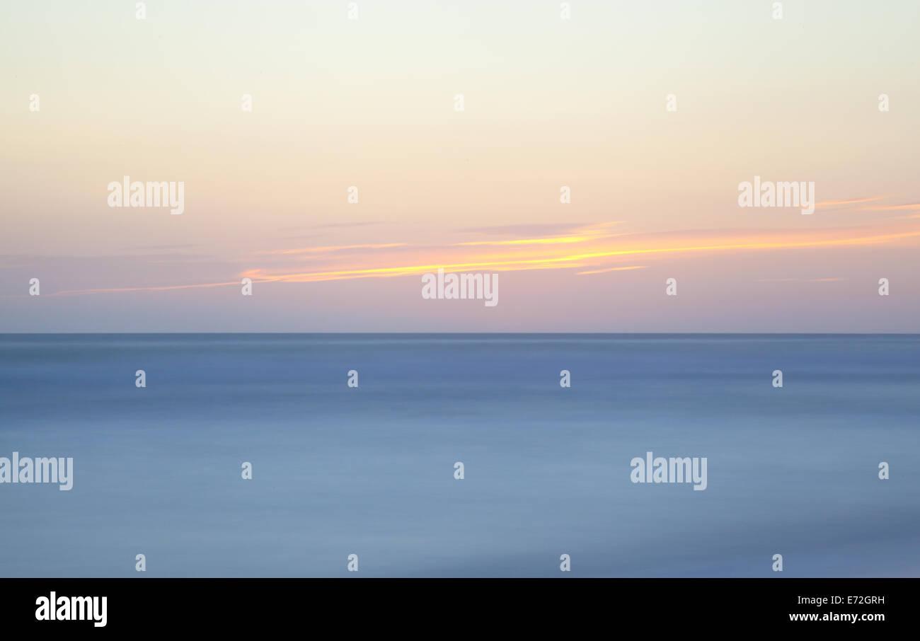 seascape horizon twilight long exposure - Stock Image