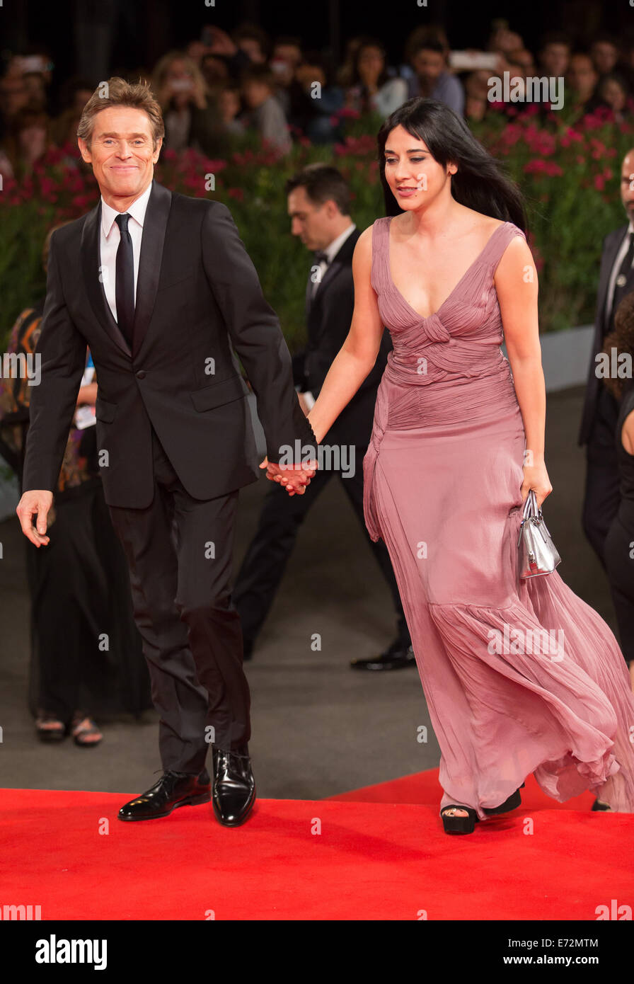 Giada Colagrande Gallery   Pictures   Photos   Pics   Hot ...  Willem Dafoe And Wife