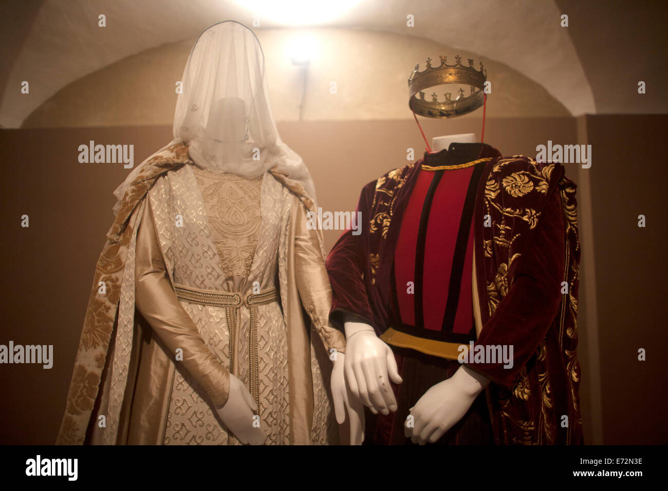 A reproduction of the weeding clothes of the Catholic Monarchs, Queen Isabella I of Castile and King Ferdinand II - Stock Image