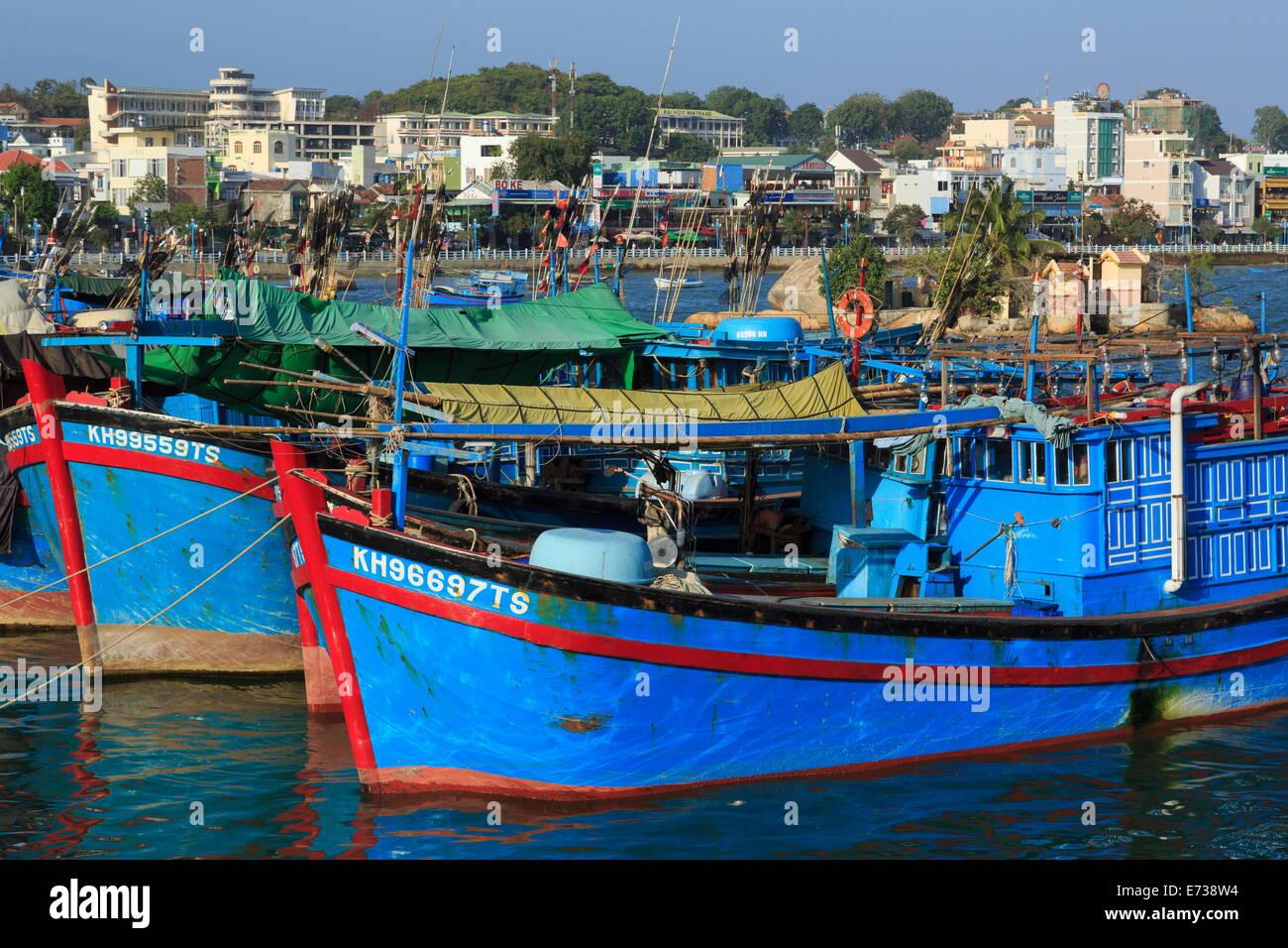 Fishing boats on Cai River, Nha Trang City, Vietnam, Indochina, Southeast Asia, Asia - Stock Image