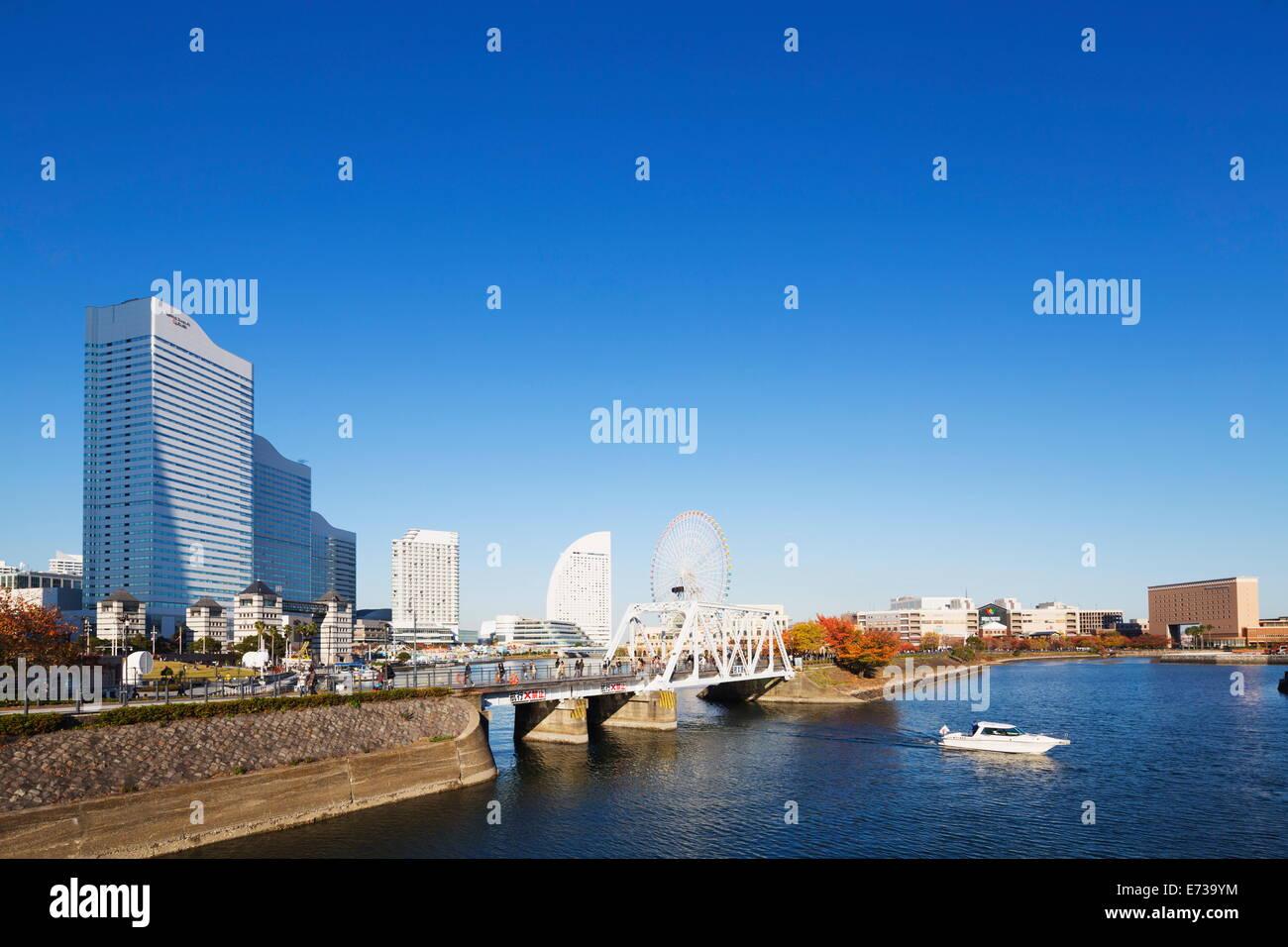 Yokohama Bay and skyline, Yokohama, Honshu, Japan, Asia - Stock Image