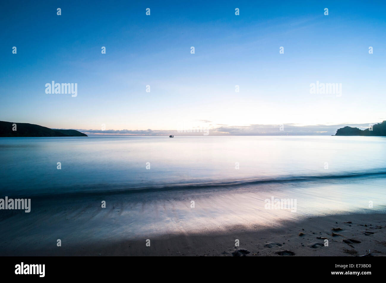 Sunset over the beach of the Korovou Eco-Tour Resort, Naviti, Yasawas, Fiji, South Pacific, Pacific - Stock Image
