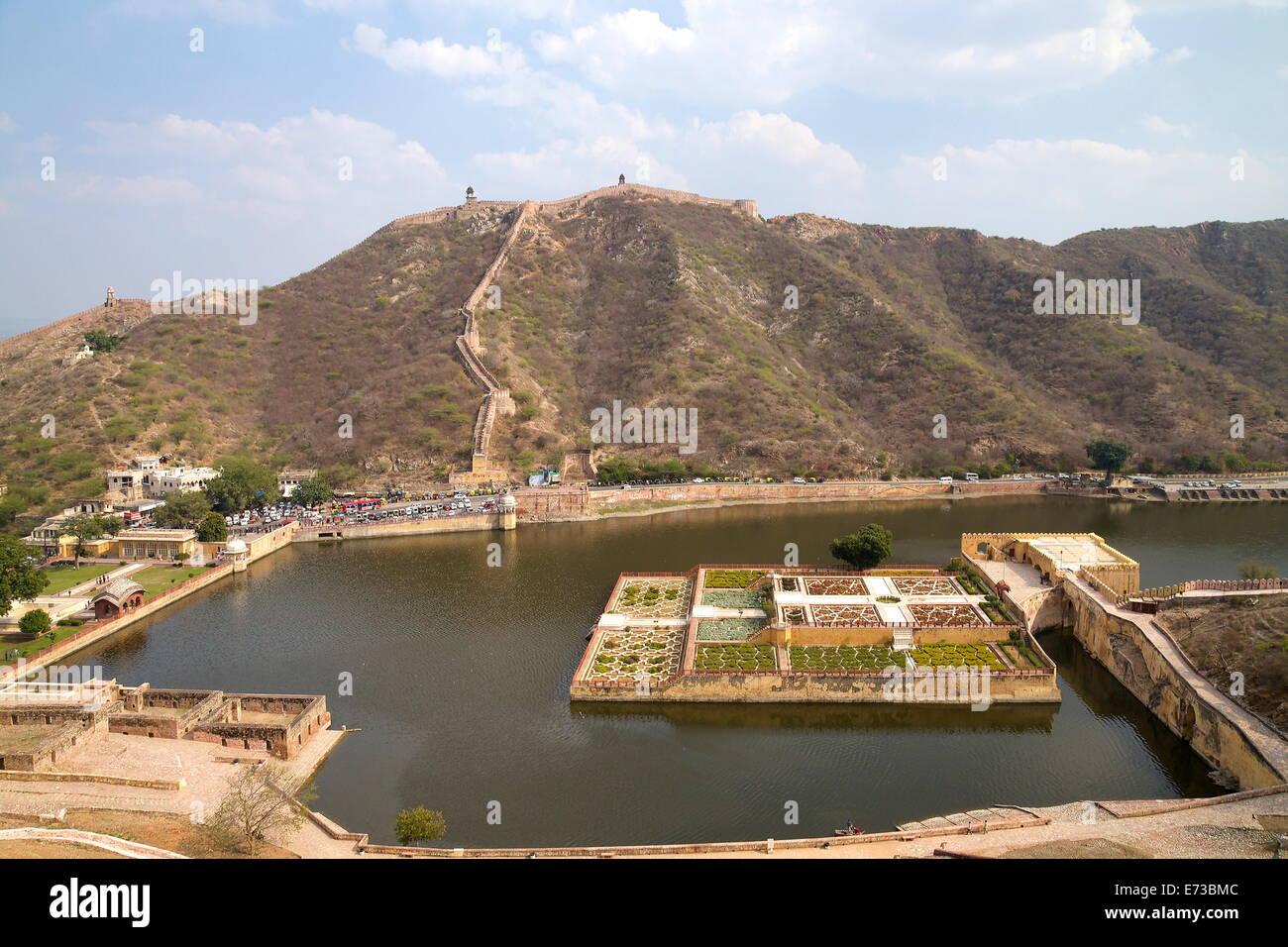 Kesar Kyari Bagh gardens, Maota Lake, Amber Fort, Jaipur, Rajasthan, India, Asia - Stock Image
