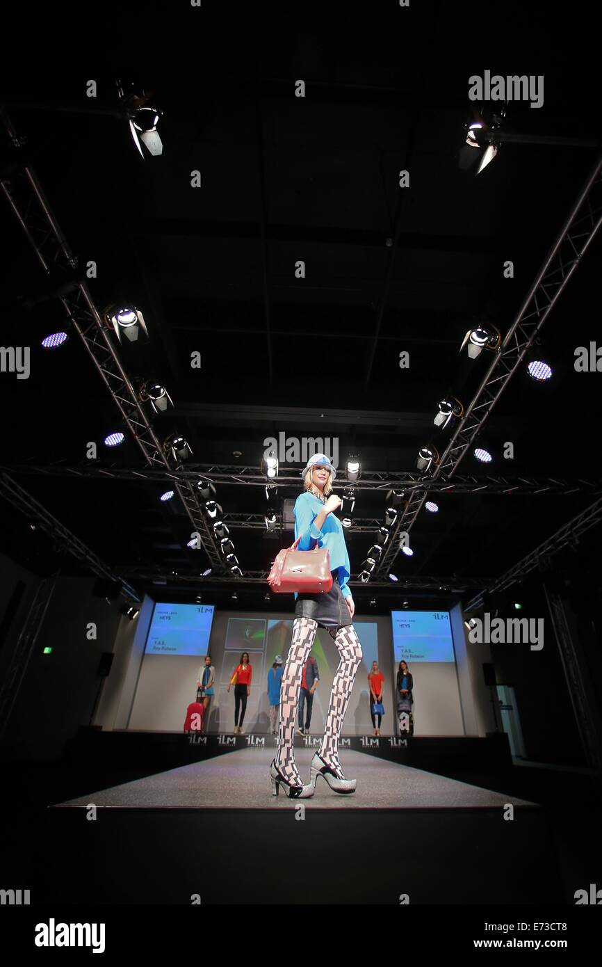 Offenbach Germany 5th September 2014 A Model Wears A Bag By