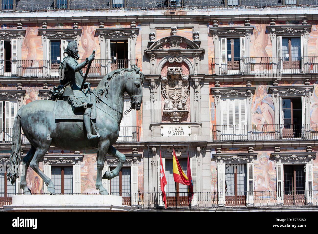Spain, Madrid, Statue of King Philip III in the Plaza Mayor. Stock Photo