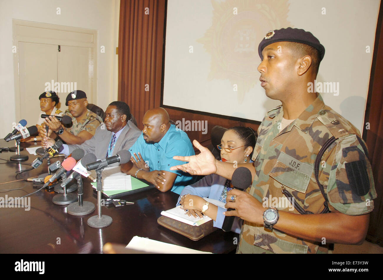 Kingston, Jamaica. 5th Sep, 2014. Members of the Jamaica Defence Force (JDP) take part in a press conference on - Stock Image