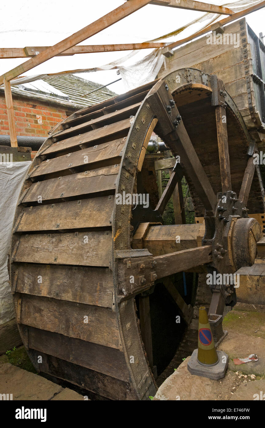 Waterwheel undergoing restoration at the Abbeydale Industrial Hamlet, Sheffield, Yorkshire, England, UK. - Stock Image